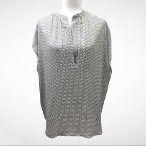 Vince Silk Blouse Cap Sleeve Black & White Print